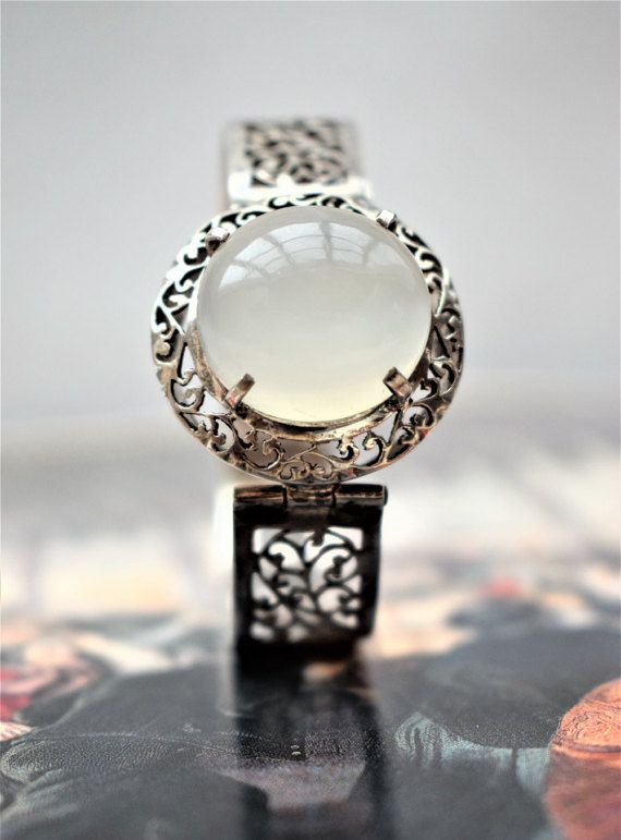 STUNNING Vintage Moonstone Bracelet Huge by PrettyDifferentShop