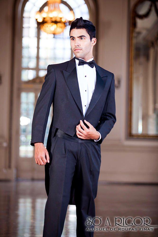 Casaca masculino. Temos disponível diversos  modelos, tamanhos e cores de ternos para aluguel em BH. #SoARigorBH #modaMasculina #terno #casamento