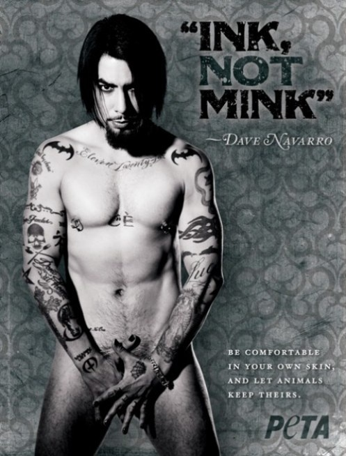 Dont think Dave Navarro is hot but I'll stare at that body! PETA!
