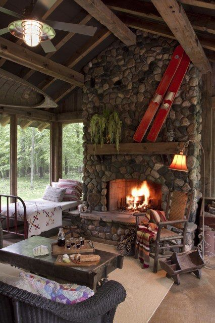 Warm and Cozy!Ideas, Stones Fireplaces, Screens Porches, Dreams, Rivers Rocks, Sleep Porches, Mountain Cabin, House, Logs Cabin