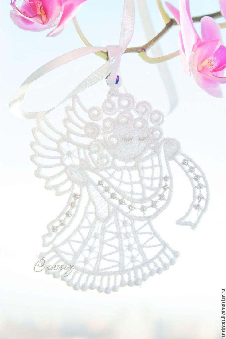 Купить Ангел с рушником вышитая подвеска для мобиля елочная игрушка - белый, фнгел с рушником