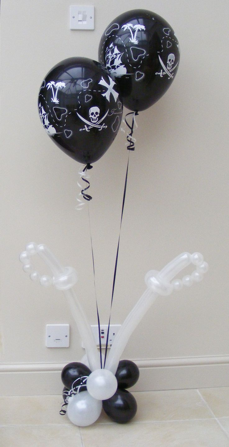 Pirate party  freespiritballoons.co.uk