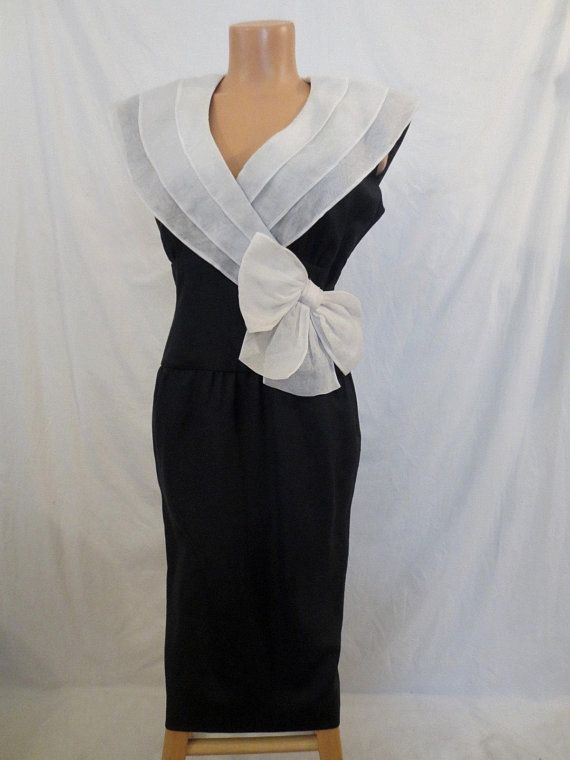 c3df8d85248 NIPON BOUTIQUE black and white wiggle dress  bnw  highdrama  statementdress   linen  hourglass  wiggledress  lbd  etsy  vintagedress  johnnybombshell