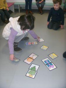 puzzelspel met kerstkaarten