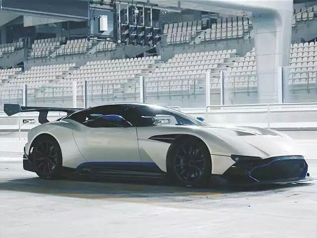 Aston Martin / Valcan