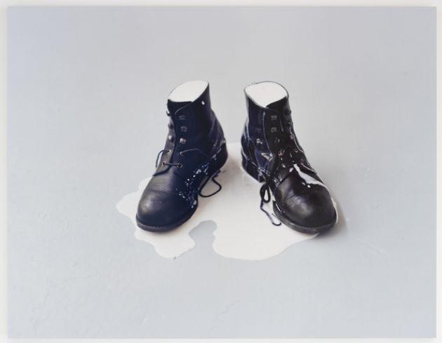 Patrick Tosani - Chaussures de lait 2002