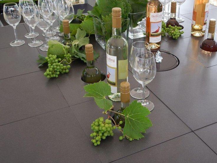 How about a water and wine table? #waterfountain  #winecooler  #gardentable  #tuintafel  #relaxing #outdoorliving #happypeople #design