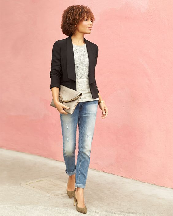 black blazer, great clutch and shoes!