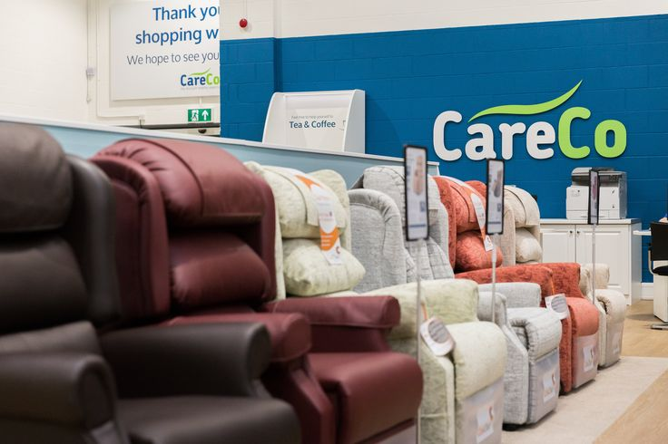 Our Leicester Showroom has an excellent range of Riser Recliner. Why not come down today and see for yourself! Call 0116 253 8822 to find out more.