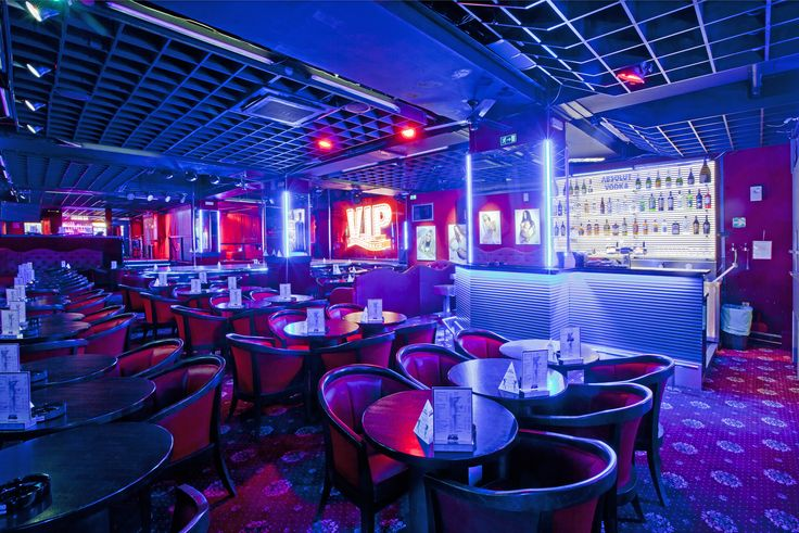 The Best club in Prague, nightlife, stagdo and stagparty with amazing showgirls, performance. Czech girl and luxury top club in Prag.