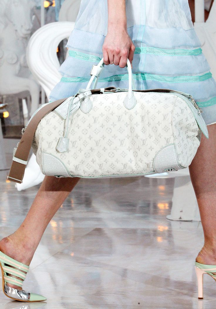 Louis Vuitton Spring 2012 RTW - Details - Vogue