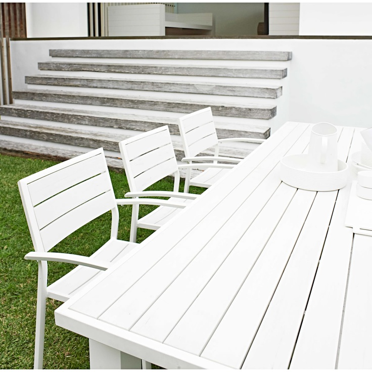 Outdoor Furniture - Domayne