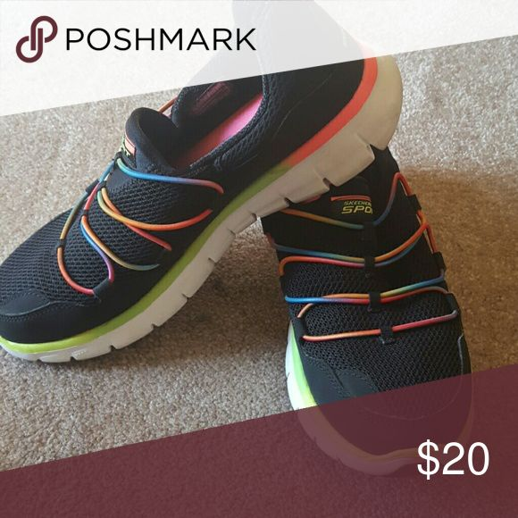 Slip-on sneakers Good condition. Memory foam insoles Skechers Shoes Sneakers