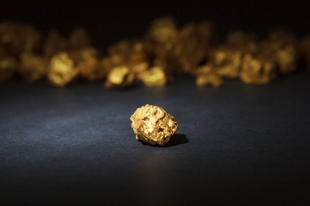 Equity crowdfunding: Gold nuggets or just dumb money?