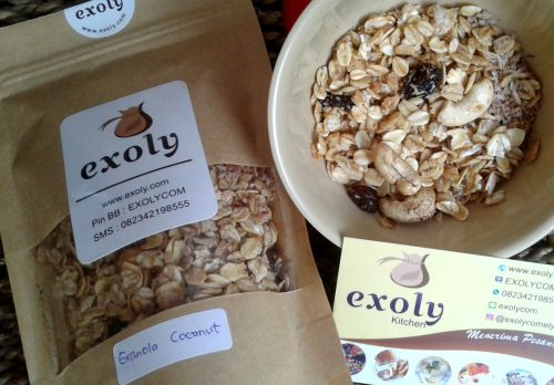 Exoly Granola Cinnamon Coconut  Exoly Granola Cinnamon Coconut  Hello guys.start your day with healthy breakfast.  Tagged: bali breakfast cinnamon coconut denpasar exoly exoly kitchen granola healthy healthy breakfast        https://exoly.com/2017/07/13/exoly-granola-cinnamon-coconut/