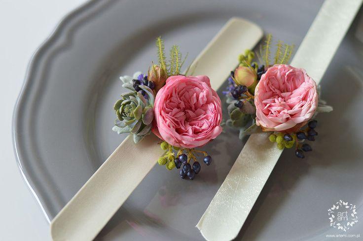 ARTEMI /artemi.com.pl/ dekoracje ślubne, kwiaty do ślubu, bransoletka, biżuteria, bracelet, floral, flowers, roses