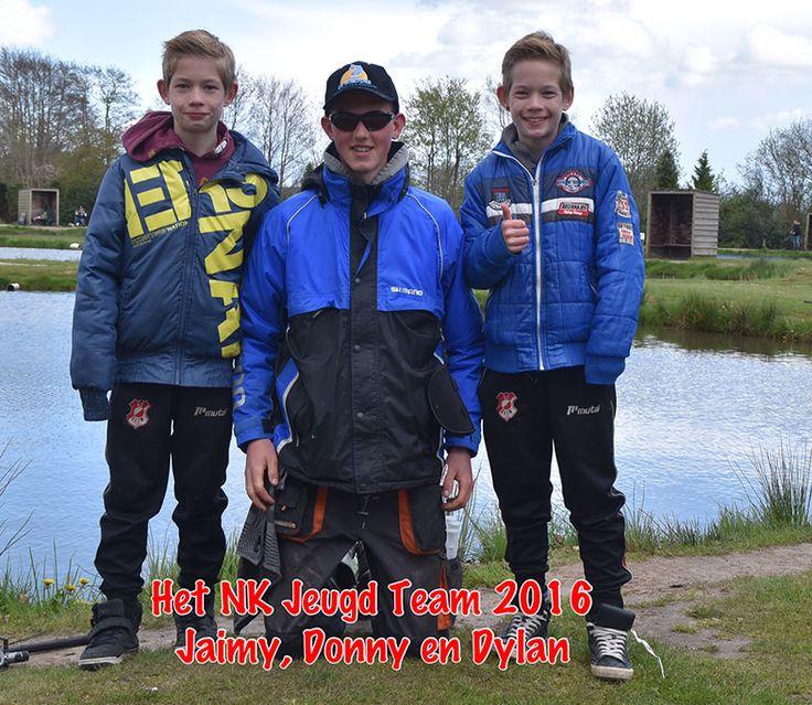 Woldstek eerste NK Forelvissen Jeugd! Jeugdvissers voor het eerste NK Forelvissen Jeugd in Nederland bij De Woldstek. De jongens die hebben gestreden voor een plek in het team van De Woldstek zijn: Maarten 1 (11 jaar), Dylan (12 jaar), Jaimy (12 jaar), Maarten 2 (13 jaar) en Donny (15 jaar). Vanmiddag leuk bezig geweest met de Jongens voor NK, samen met André...