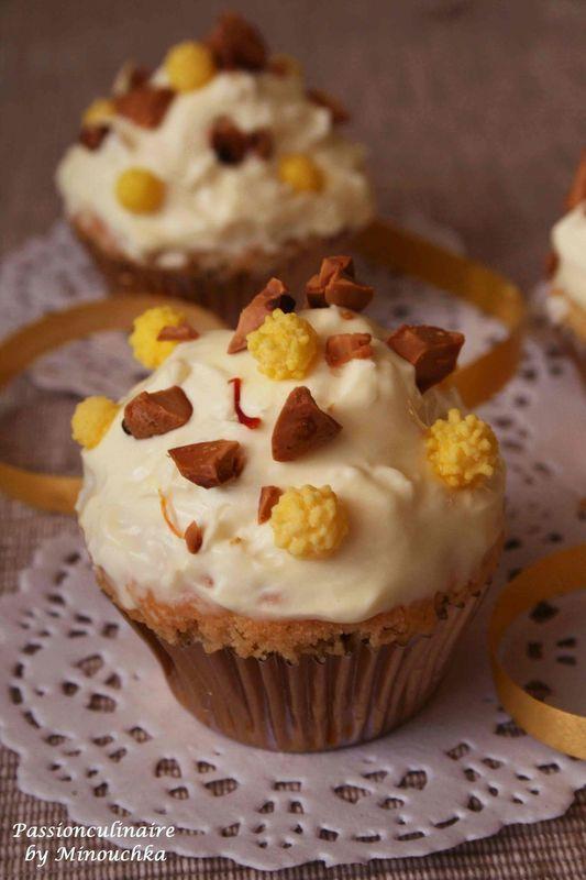 Cupcake_safran___fleur_d_oranger_Minouchka