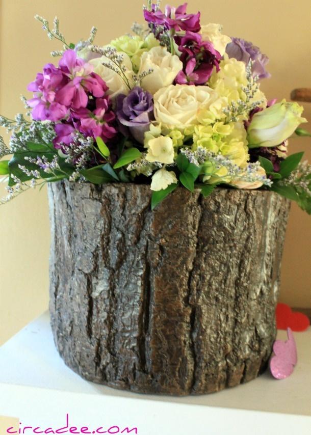 tree stump vase (& flowers *eerily* like my wedding bouquet)