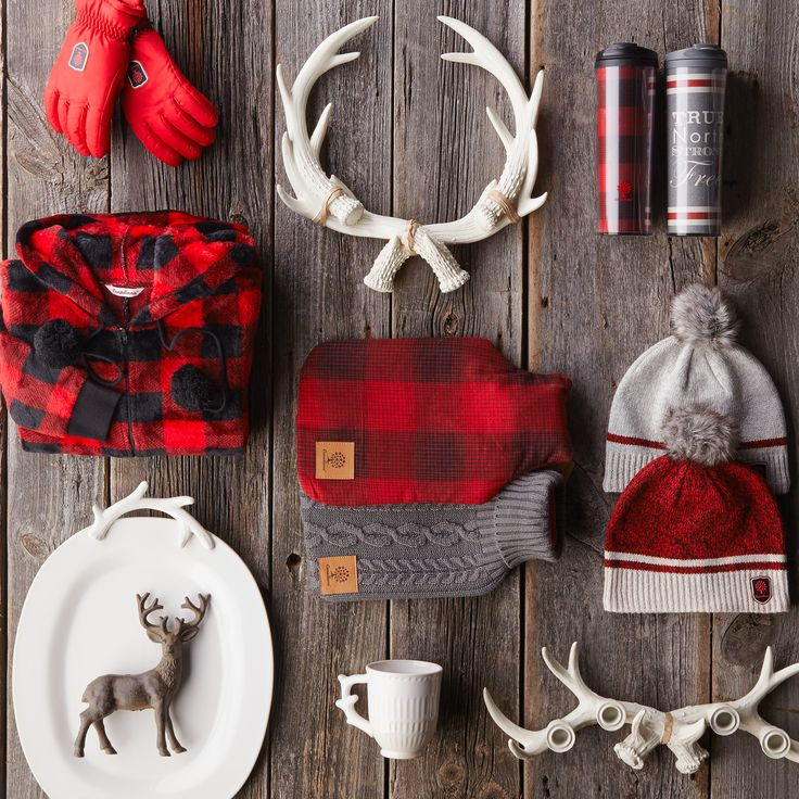 Cozy up Canadian-style with quintessential gifts that showcase our national pride. #Christmas #holidaygifts