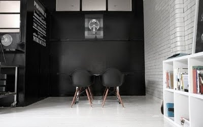: Black Interiors, Loft Office, Interiors Design, Black White, Black Studios, Design Studios, White Wall, Black Wall, Candy Black