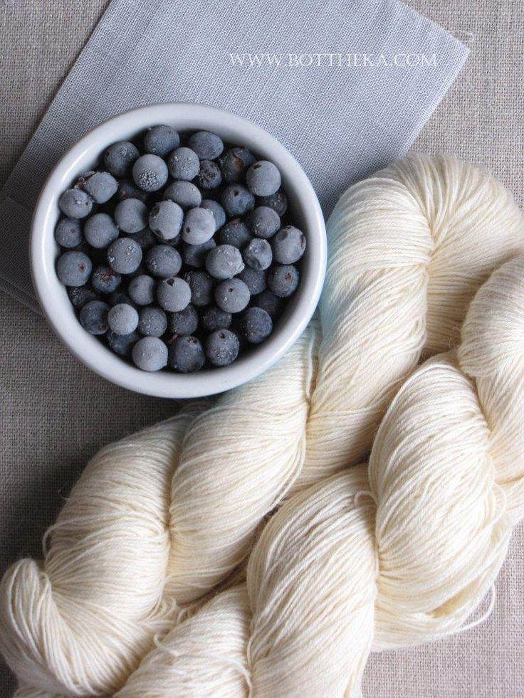 Yarn vegetable dyeing with frozen sloe http://bottheka.com/en/prunus-spinosa
