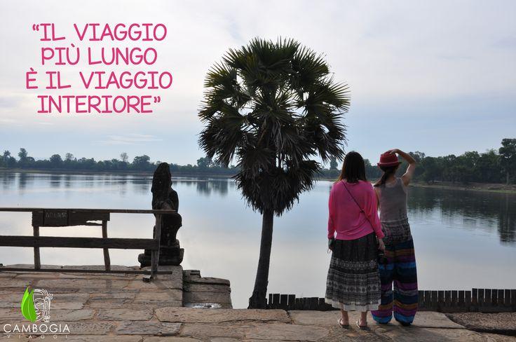 """""""Il viaggio più lungo è il viaggio interiore"""", Dag Hammarskjöld.    Riflessi suggestivi ammirando la Sra Srang ad Angkor.    Scopri i nostri itinerari su www.cambogiaviaggi.com    #cambogiaviaggi #siemreap #srasrang #ladiesonly #cambogia #cambodia"""