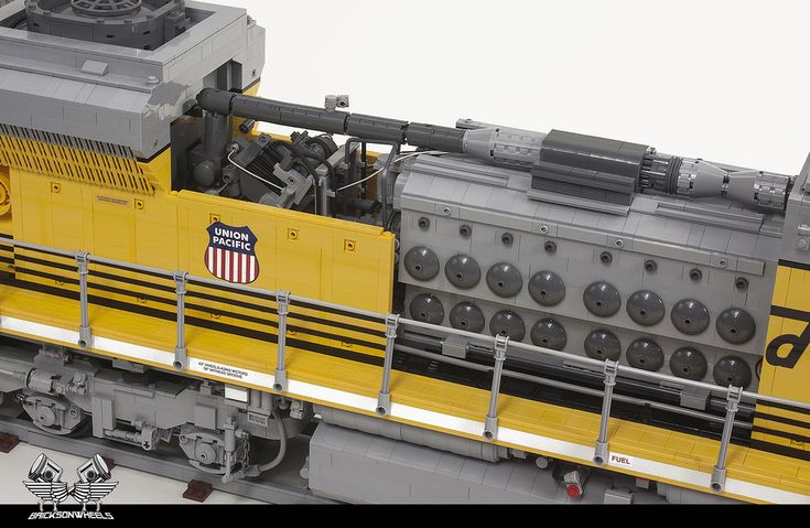 Two years ago I made my first locomotive as a full Lego scale model, set to the relatively big scale of 1/16. It was an older type American Diesel-electric ...