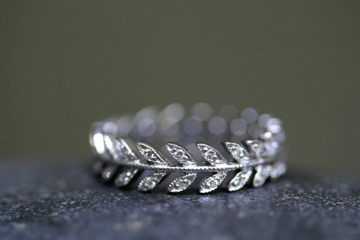 Cathy Waterman Recycled Platinum and Ethically Sourced Diamond Wheat Band