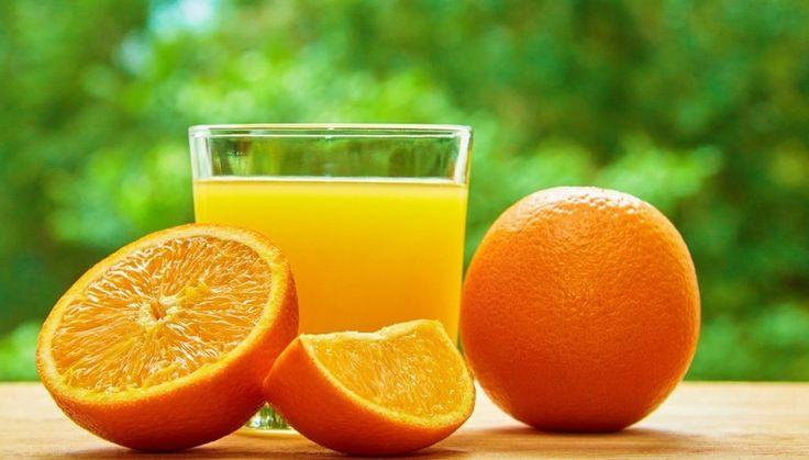 Апельсины не только вкусные но еще и отлично подходят для построения спортивного тела  В них содержится большое количество витамина С а также биофлавоноиды которые улучшают циркуляцию крови и исправляют водный дисбаланс в клетках.  #домвегана #магазинздоровогопитания #govegan #vegan #веганы #здоровье #травы #фрукты #вегетарианство #экопродукты #екатеринбург #зожекб #диетическое #здоровьеекатеринбург #вег #полезноепитание #постное #эко #сыроедение _______________ Дом Вегана Наш адрес…