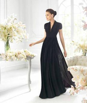 Vestido de manga corta en color negro para damas de boda - Foto La Sposa