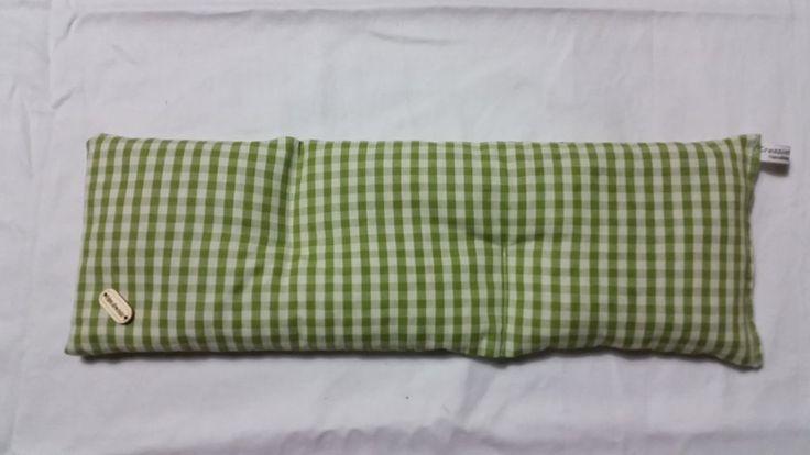 Cuscino per cervicale noccioli di ciliegia collo riscaldabile in forno o microonde, by rosycreazioni, 20,00 € su misshobby.com