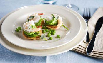 Salade met gegrilde courgette en gerookte forel