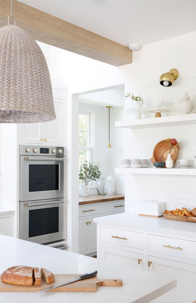 stunning white kitchen inspo
