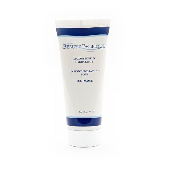 Använd Instant Hydrating Mask 2-3 gånger i veckan. Efter rengöring appliceras fuktmas...