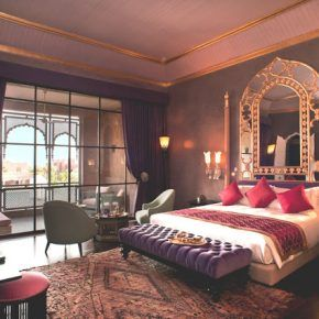 25 Luxury Red Romantic Bedroom Design Ideas You Will Adore