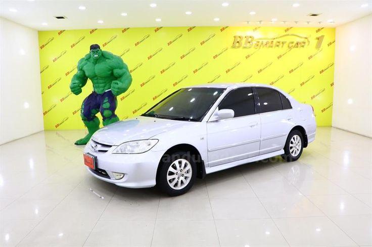 ขายรถเก๋ง HONDA CIVIC ฮอนด้า ซีวิค รถปี2005 สีเทา รหัสประกาศ 6744