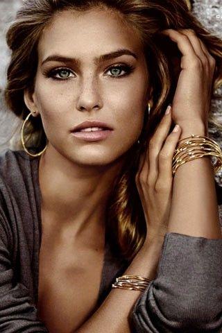 Gold bangles: Face, Bar Rafaeli, Style, Makeup, Beautiful, Bar Refaeli, Beauty, Hair, Eye