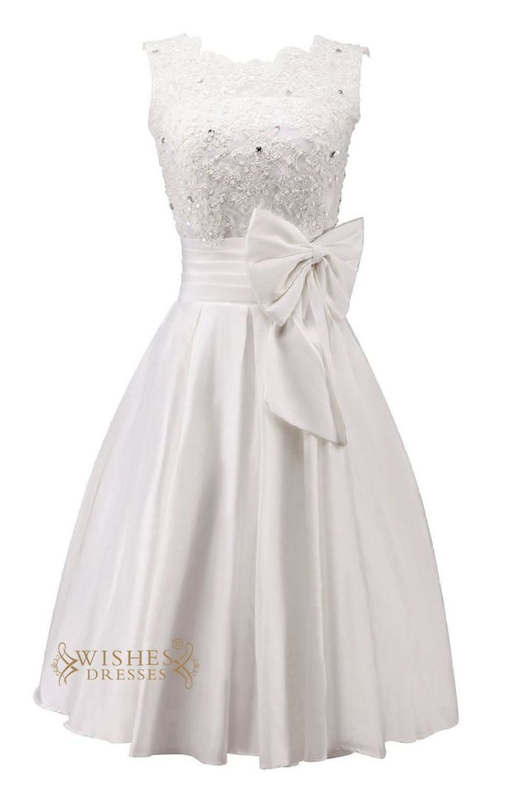 A-line satin bridal gown with knee length and applique detail on the top while the big bowknot at waist embellishment looks very lovely,this short cocktail dres