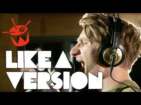 Glass Animals - Gooey (live on triple j) (+playlist)    love this song:D