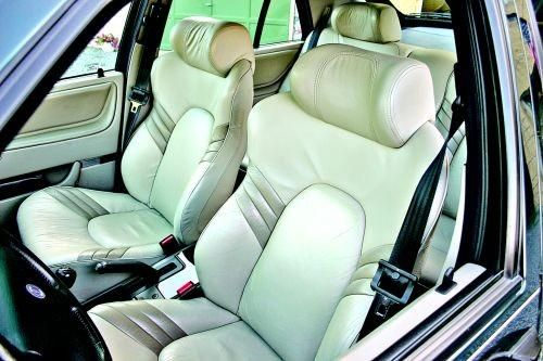 Heated, power-adjustable sport seats are an Aero signature. 9000 Aeros were prized for their power leather sports seats