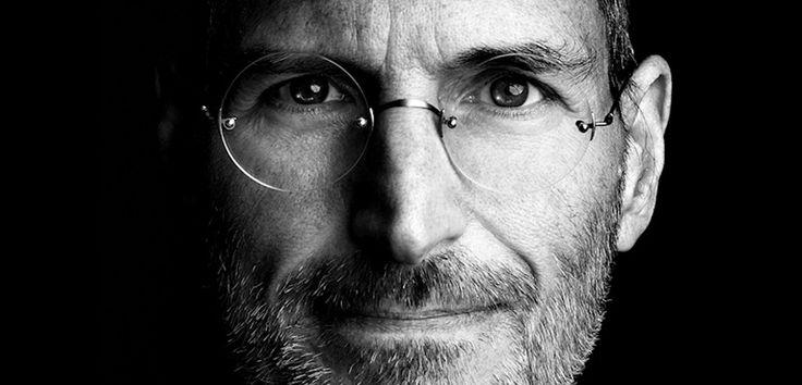 """Sabías que Jony Ive: """"Steve Jobs no es como lo representan ahora""""."""