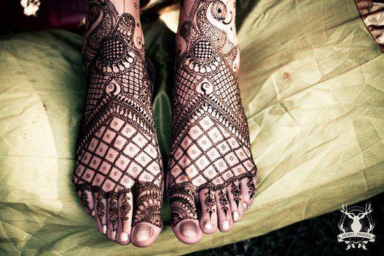 Mehendi Designs - Surat Inspired Bridal Feet Mehendi Design   WedMeGood #mehendi #wedmegood