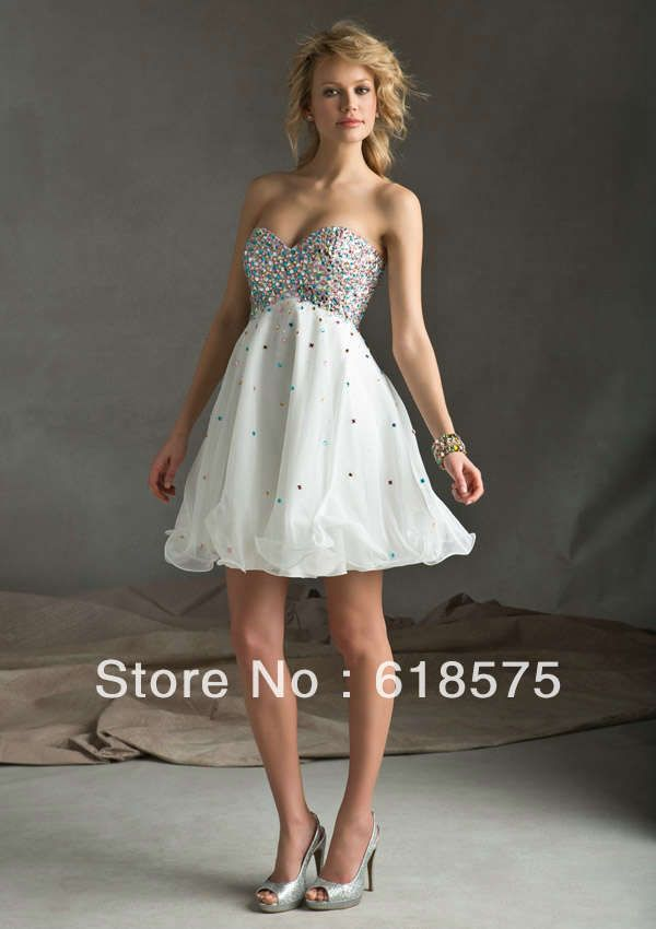 Lovely Sweetheart Beaded Bodice Cocktail Dresses White Organza Short Prom Homecoming Dresses Warm reminder: If custom made service needed, we would suggest that it is better to get a qualified seamstress to measure your dress size, since measuring yourself will give inaccurate numbers and could lead to disappointment. Refund or exchange will be accepted upon ...