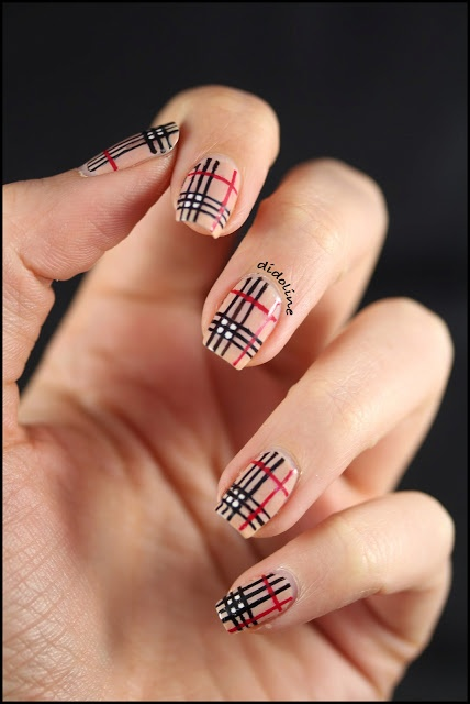 Mes ongles façon Burberry - Burberry Nails ~ Didolines Nails