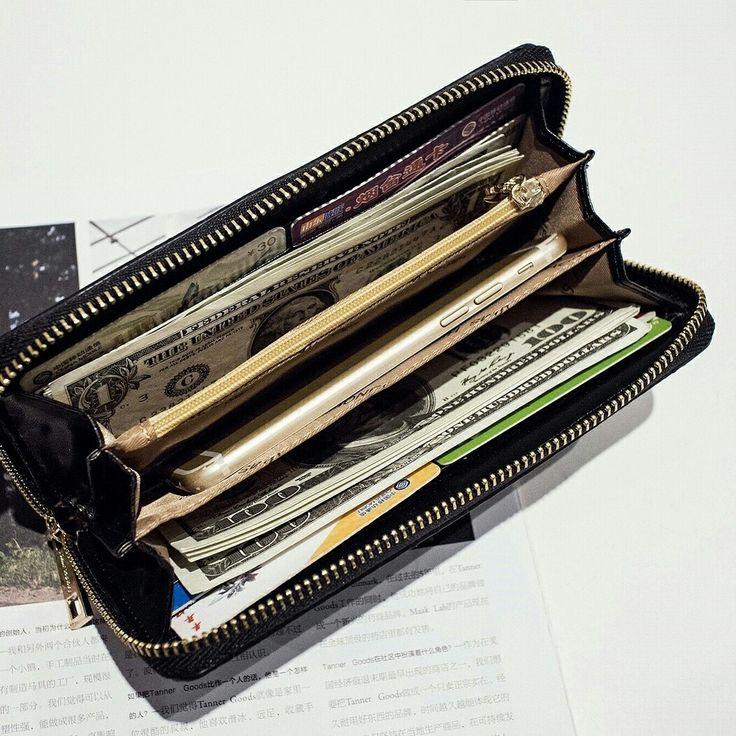 SAY YEAYYY 🎉🎉 HARGA KAKI LIMA KUALITAS BINTANG LIMA ! ❤❤❤ 💖 LAWRENCE WALLET  Harga: Rp.125.000 ✅ termasuk box Detail : - 8 slot kartu - 1 resleting koin - 3 slot besar, utk uang kertas / hp - 2 slot kecil, bs utk uang kertas / lainnya - Bahan safiano (Tebal) - Ukuran 19,5 x 9,5 x 2 cm - Muat hp 5 inch 1 kg muat 2 dompet  Cek koleksi lengkap kita yuk di IG:  @jimshoney.jogjacilacap
