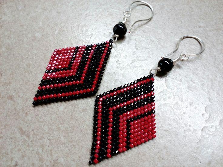 #288 Σκουλαρίκια πλεγμένα με χάντρες / Seed bead earrings with silver plated handmade hooks