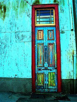 neat. I wonder how many coats of paint. How many years. Chile