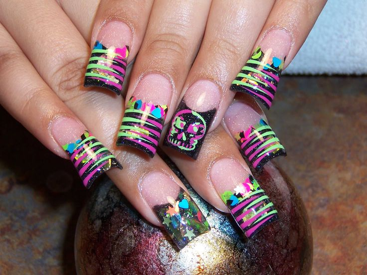 Neon Skulls and Stripes Nail Art: Nails Trends, Nailart, Nails Tips, Nails Ideas, Nail Design, Neon Nails, Nails Art Design, Art Nails, Nails Designs