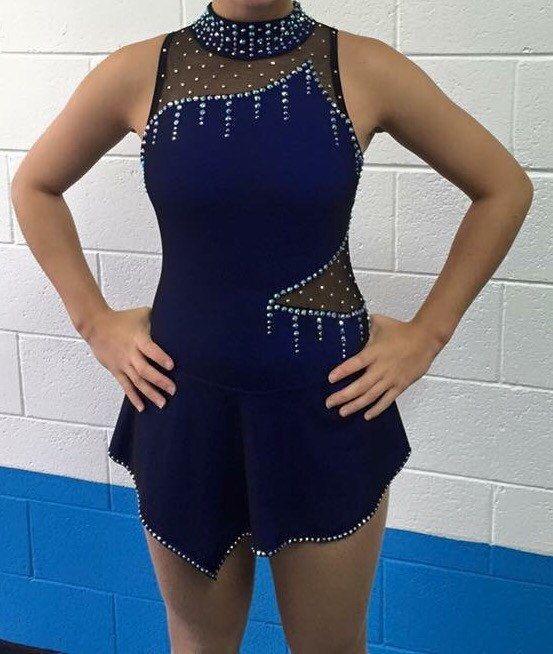 Vestido de corte malla de patinaje competencia por HDskatewear                                                                                                                                                     Más